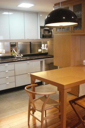 13_1381379815_7452_mesa_cozinha.jpg